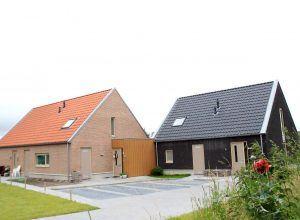 Twee woningen Belt Schutsloot